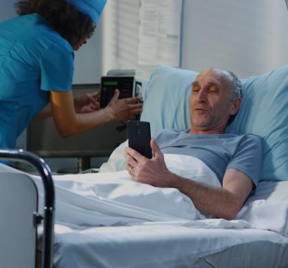 Resolução 347 do CREMESP: Videochamadas entre pacientes internados e familiares